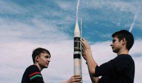 Инженер: школьники сегодня создадут и запустят спутники в Подмосковье
