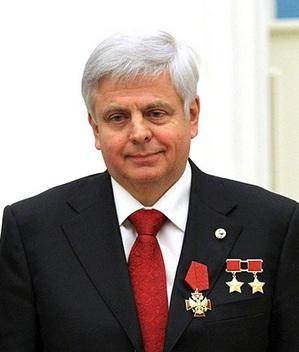 Научный руководитель «Космического факультета» МГУ, космонавт В.А.Соловьев
